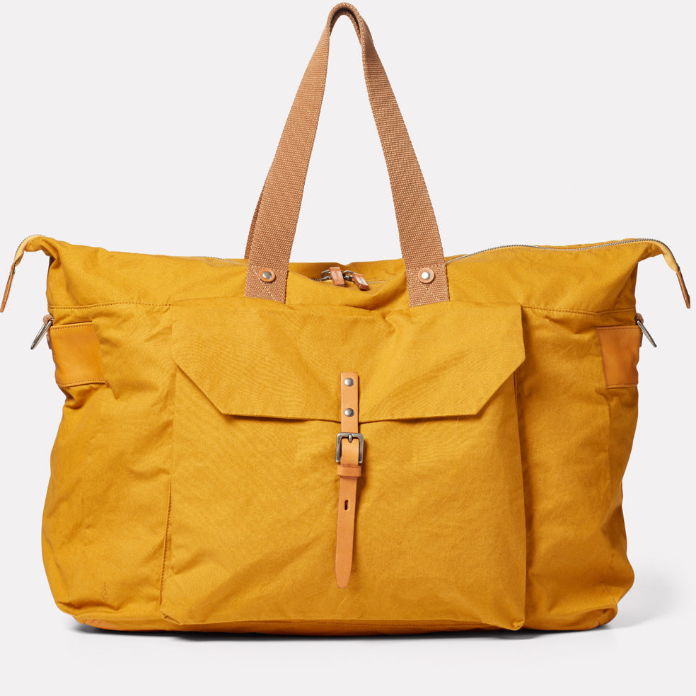 Freddie Waxed Cotton Holdall in Cumin