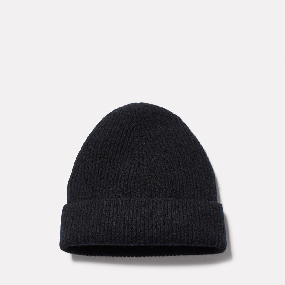 Lambswool Hat in Black