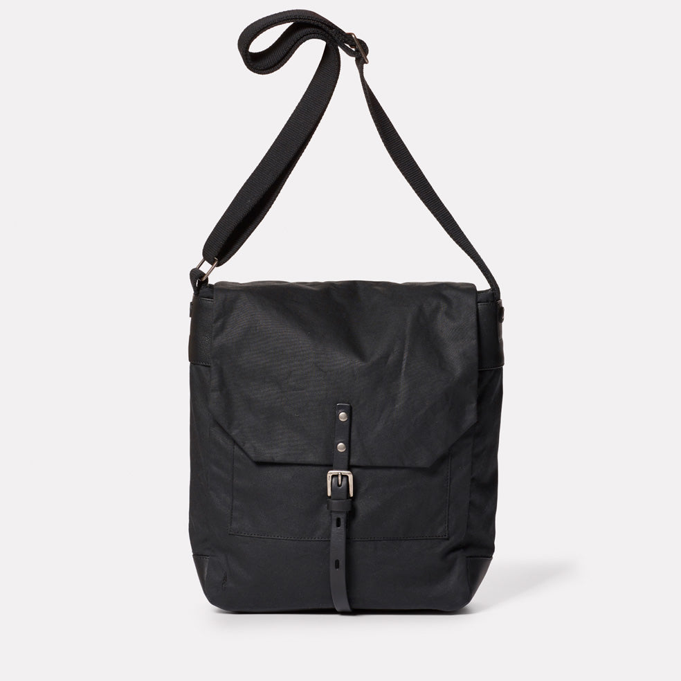 Jonny Waxed Cotton Satchel in Black