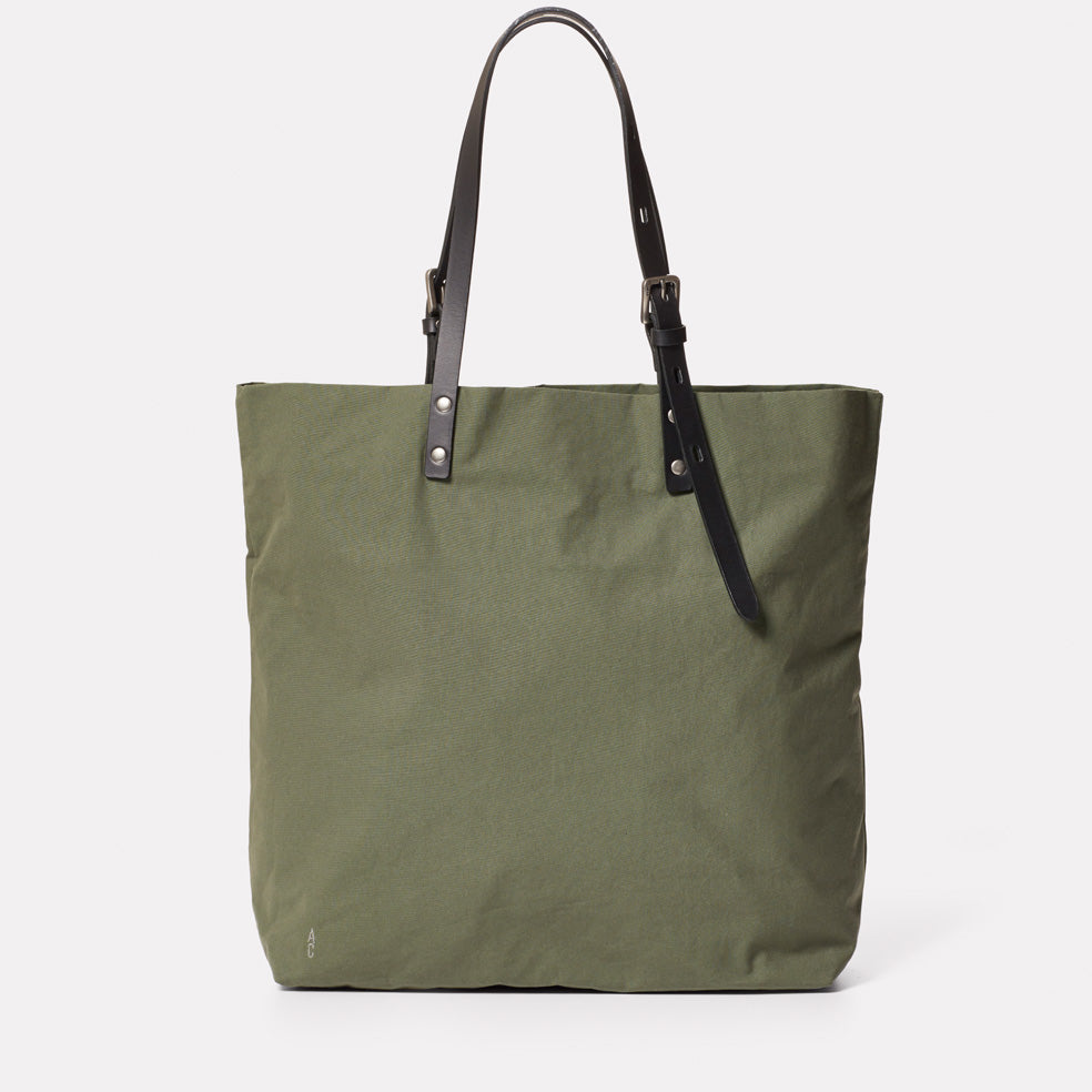 Natalie Waxed Cotton Tote in Olive