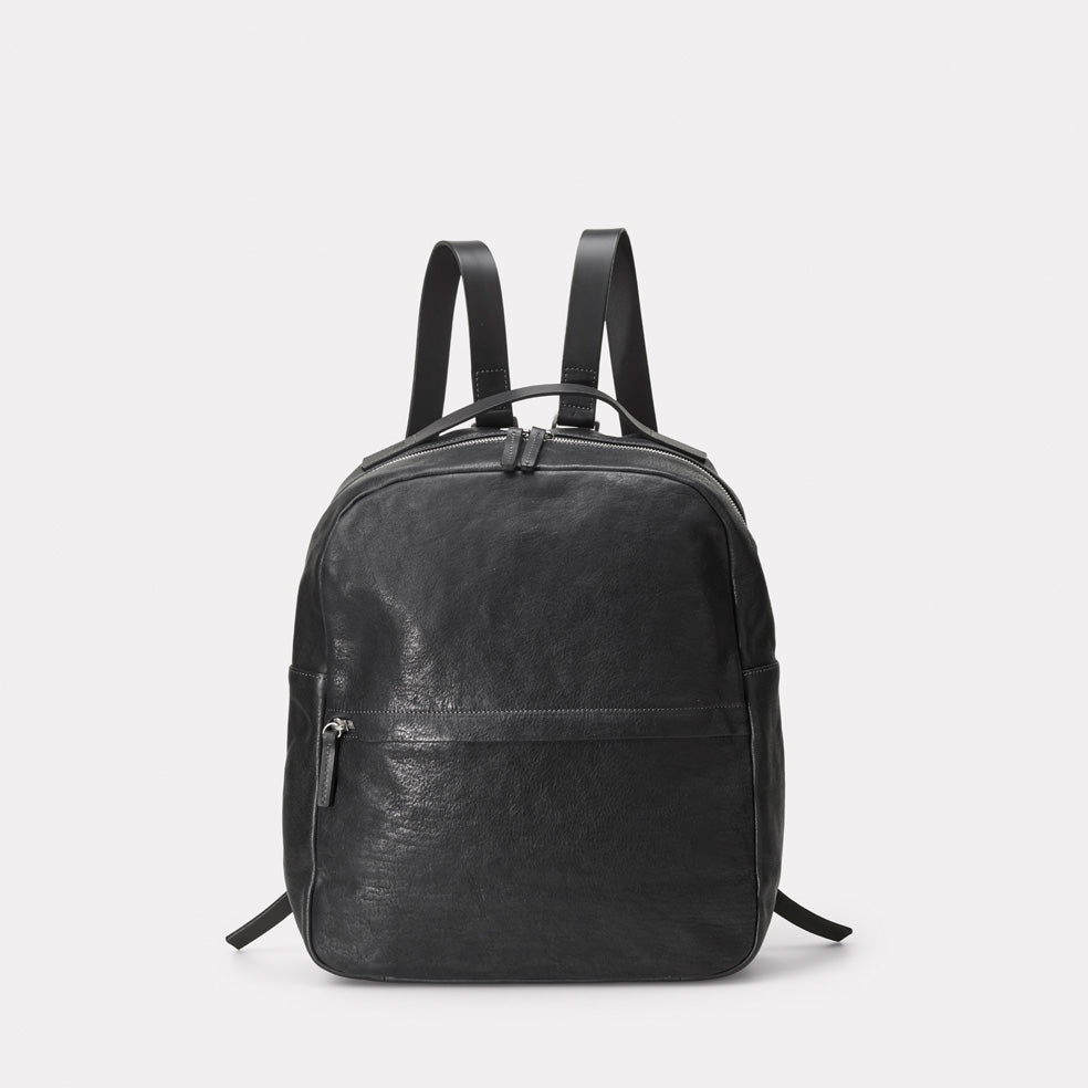Quinn Small Calvert Leather Rucksack in Black