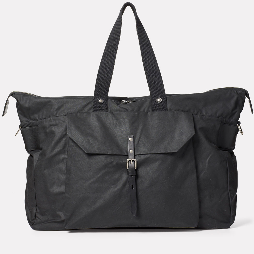 Freddie Waxed Cotton Holdall in Black