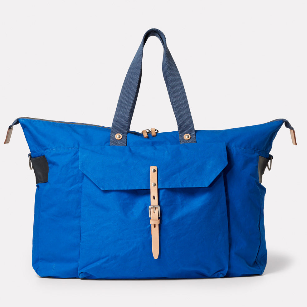 Freddie Waxed Cotton Holdall in Cobalt