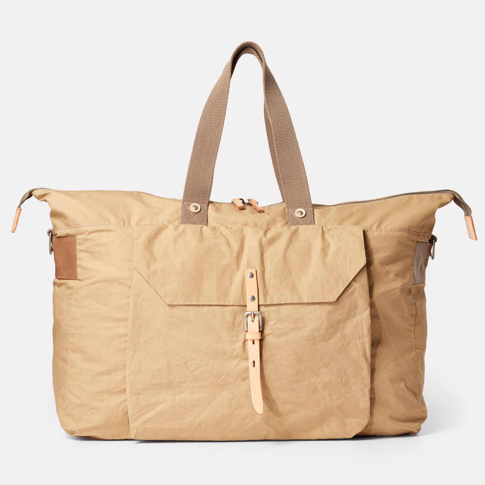 Freddie Waxed Cotton Holdall in Sand