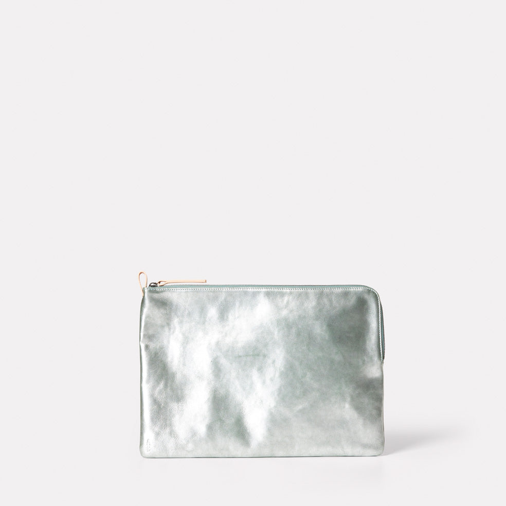 Joplin Metallic Leather Pouch in Mint