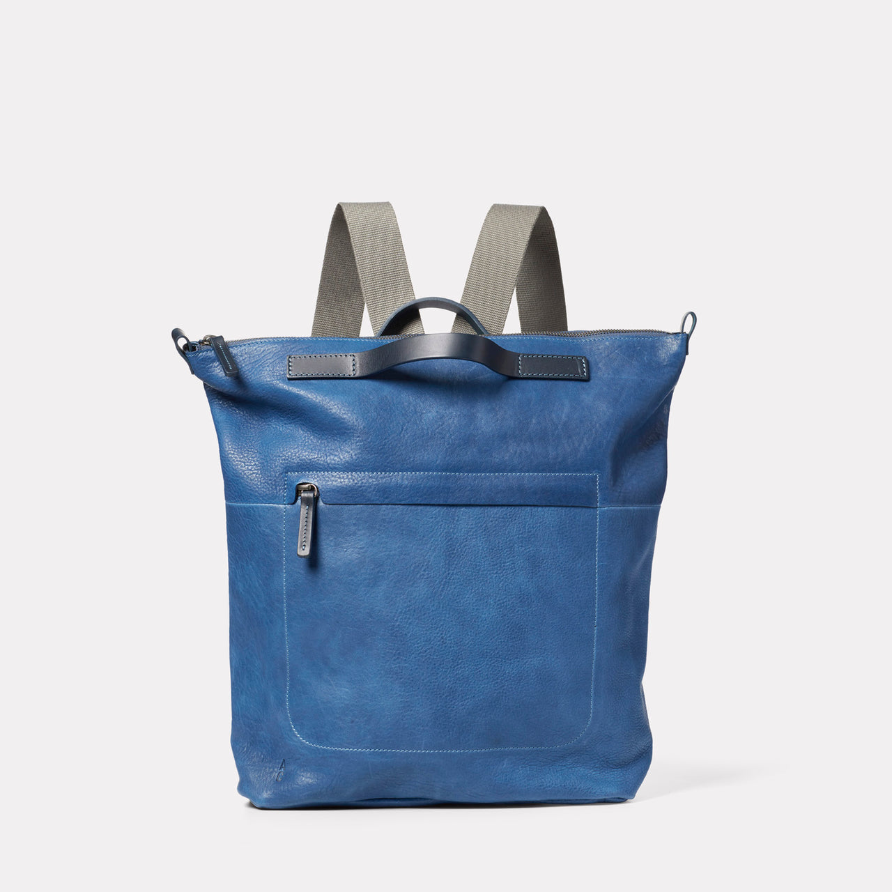 Hoy Leather Backpack in Navy