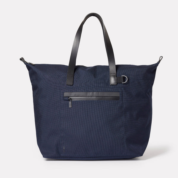 Travel bag, SS19, nylon, mens, womens, holdall, unisex, navy, travel, large bag, cycle bag, navy holdall, navy travel bag, navy cycle bag, large travel bag, large cycle bag, tote bag, large tote, blue, dark blue