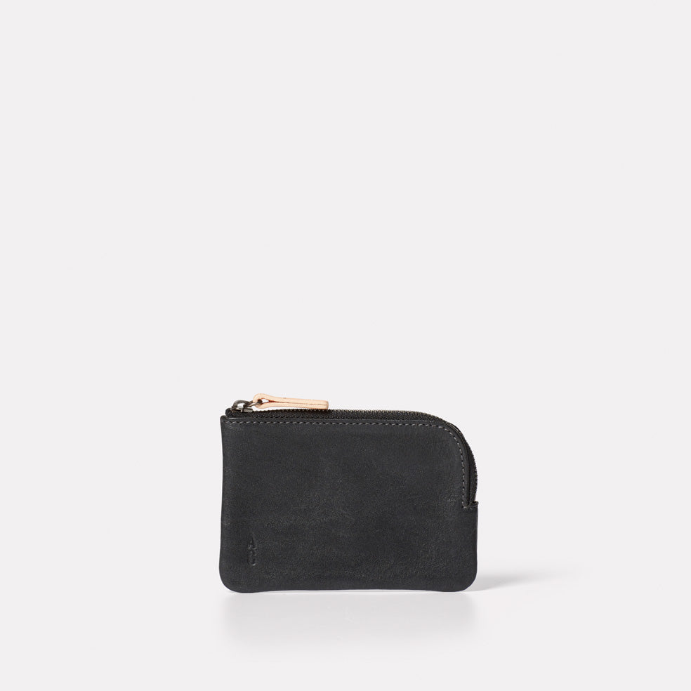 Tina Calvert Leather Pouch in Black