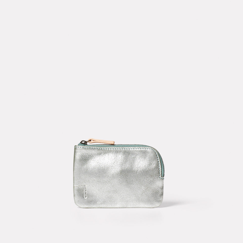 Tina Metallic Leather Pouch in Mint