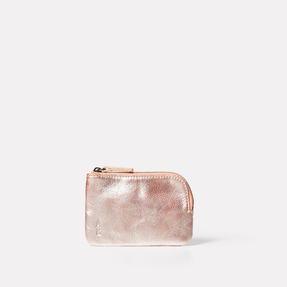 Tina Metallic Leather Pouch in Peach