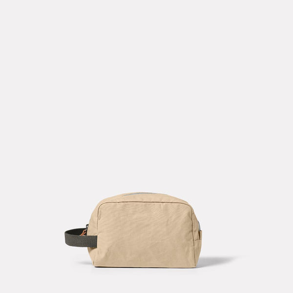 Simon Waxed Cotton Washbag in Putty Front