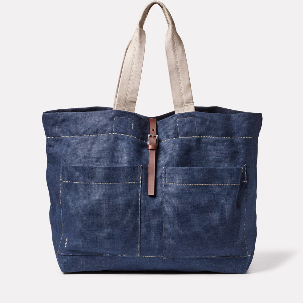 Tim Hemp Tote in Dark Navy
