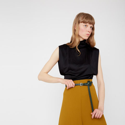 Etty Slim Leather Belt in Dark Green
