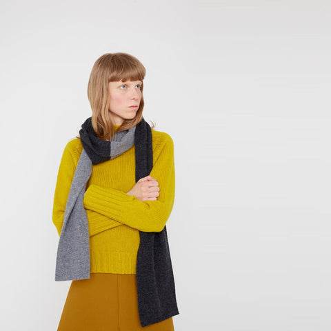 Ladies Knit Turtleneck in 100% Lambswool in Yellow For Women