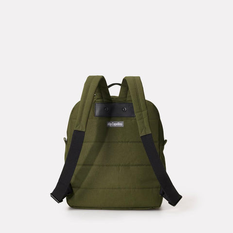 iAn Mid-Sized Ripstop Nylon Backpack in Charcoal Grey For Men and Women