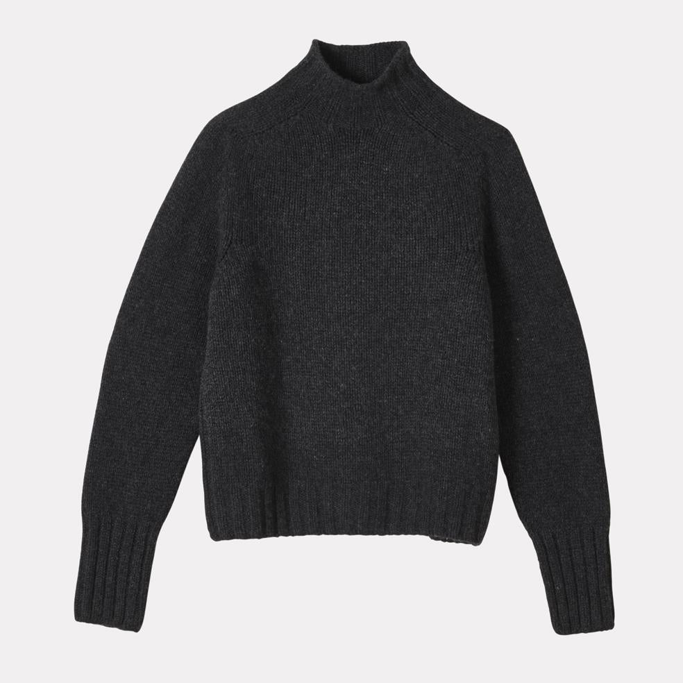 Ladies Turtleneck in Charcoal