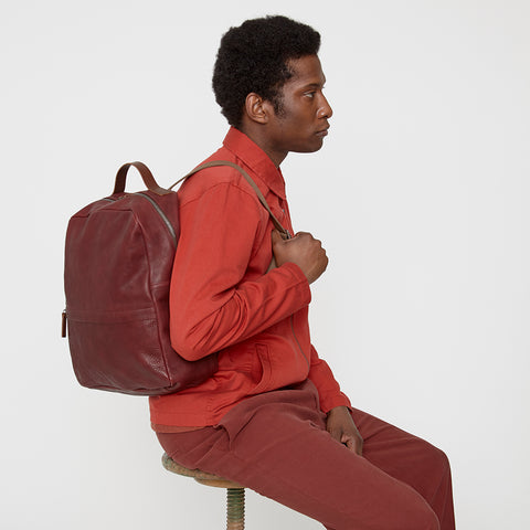 Quinn Large Calvert Leather Rucksack in Plum