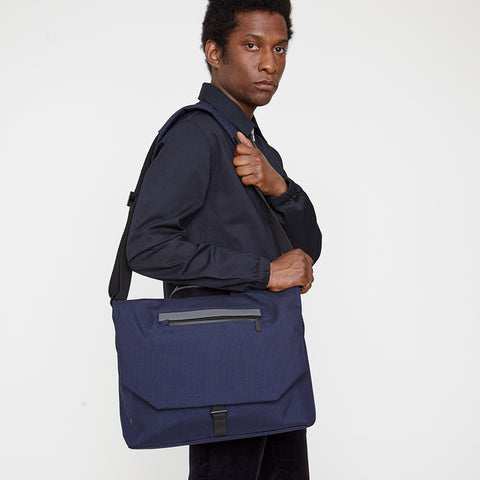 Kenny Travel/Cycle Satchel in Black