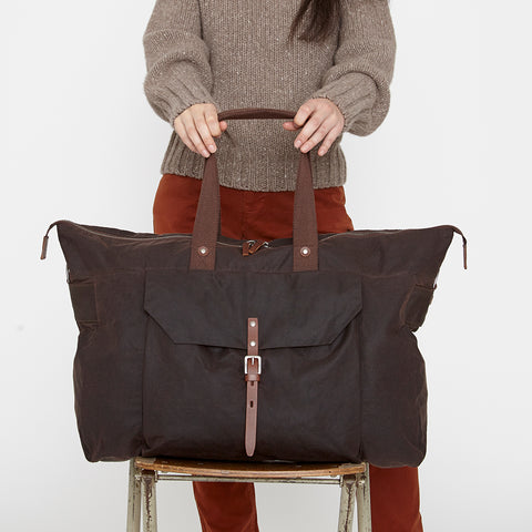 Freddie Waxed Cotton Holdall in Dark Brown