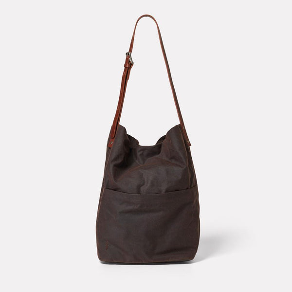AC_CONTINUOUS_WEB_WAXED_COTTON_BUCKET_BAG_LLOYD_DARK_BROWN_01