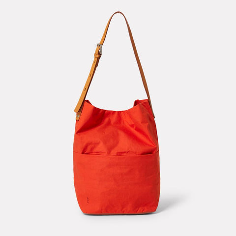 AC_CONTINUOUS_WEB_WAXED_COTTON_BUCKET_BAG_LLOYD_FLAME_ORANGE_01