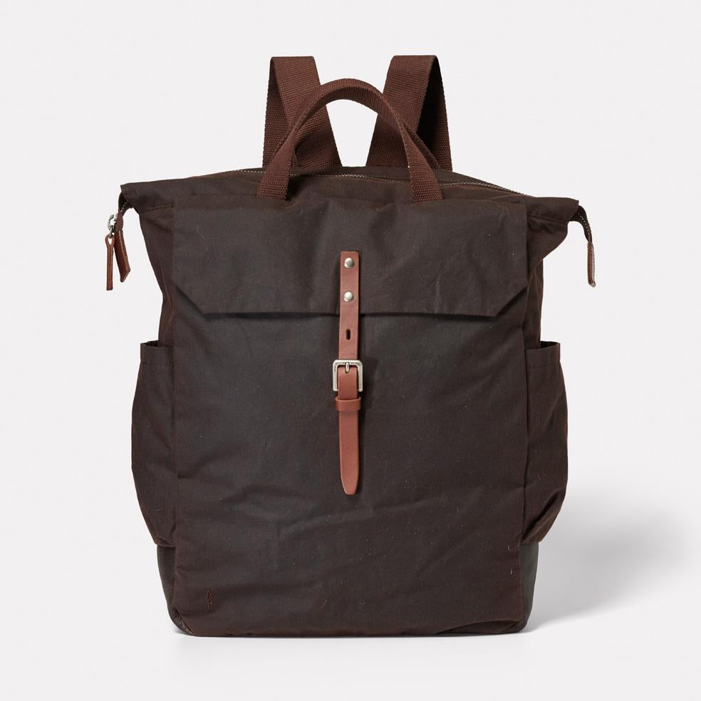 AC_AW18_WEB_WAXED_COTTON_RUCKSACK_BACKPACK_FIN_DARK_BROWN_01