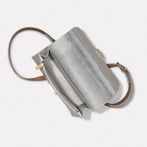 AC_AW18_WEB_WOMENS_MARLOW_CROSSBODY_SIMONE_LARGE_LIGHT_GREY_04