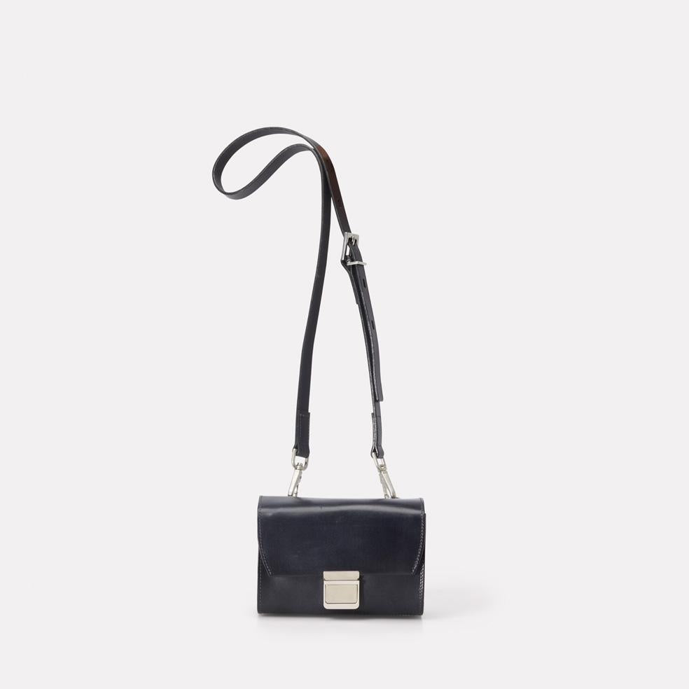 AC_AW18_WEB_WOMENS_MARLOW_MINI_CROSSBODY_SIMONE_SMALL_NAVY_01