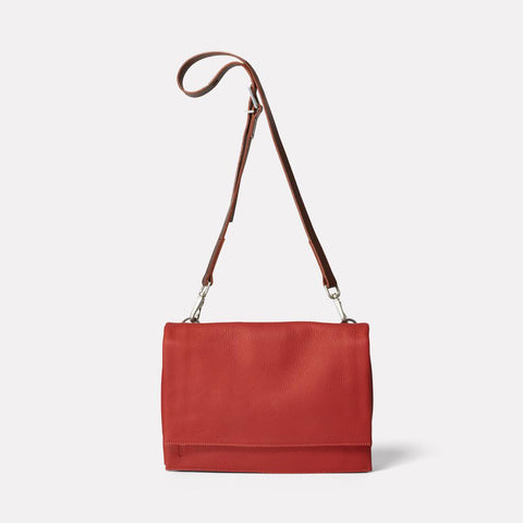 AC_AW18_WEB_WOMENS_ROCHELLE_FOLD_CROSSBODY_IRENIE_MEDIUM_BRICK_RED_01
