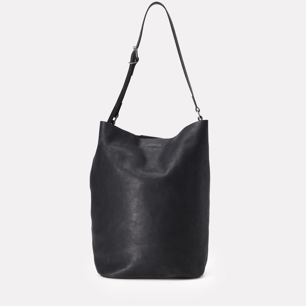 Lloyd Calvert Leather Bucket Bag in Black