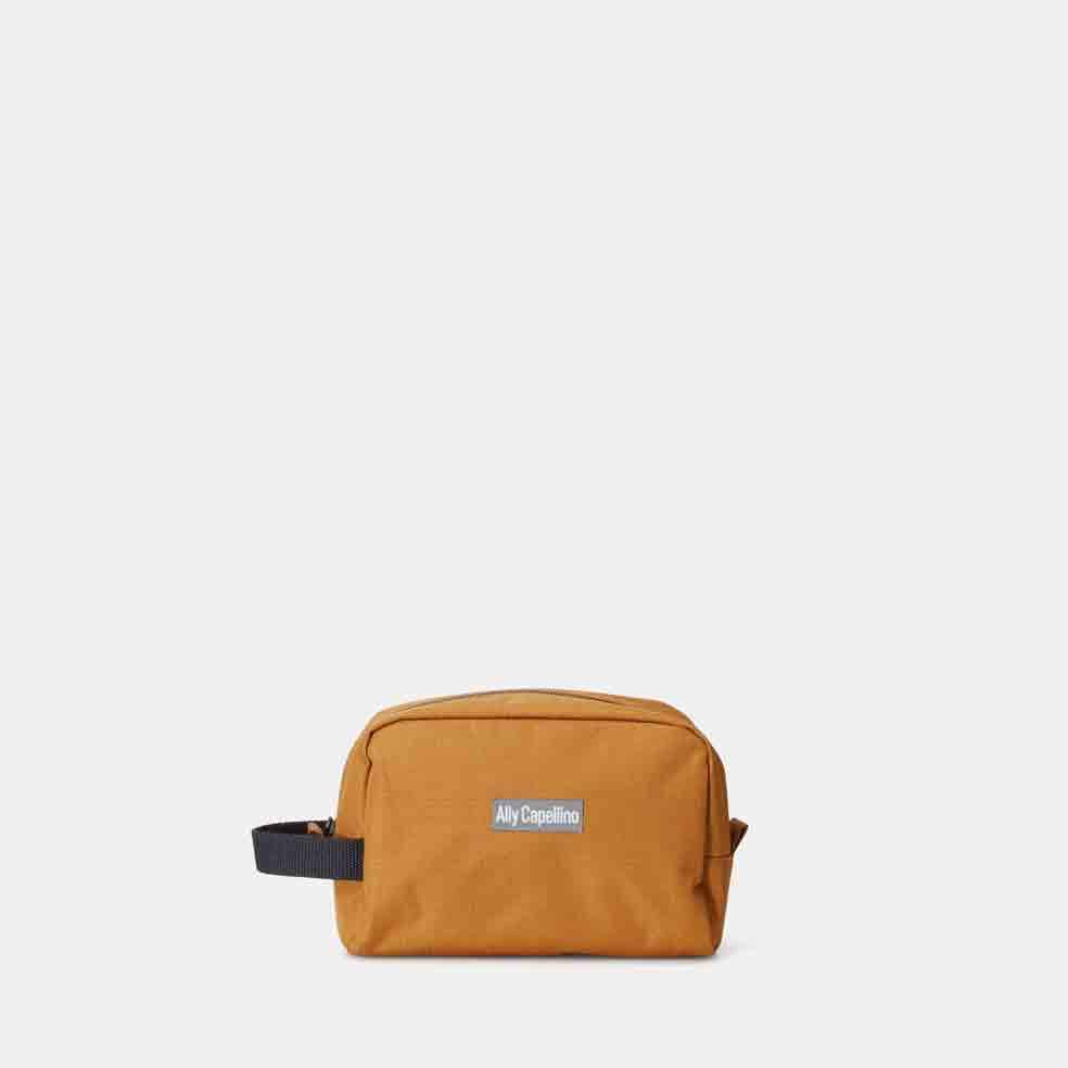 AC_AW17_WEB_RIPSTOP_WASHBAG_MINI_SIMON_BRONZE_01