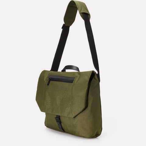 AC_SS18_WEB_TRAVEL_CYCLE_SATCHEL_KENNY_GREEN_02
