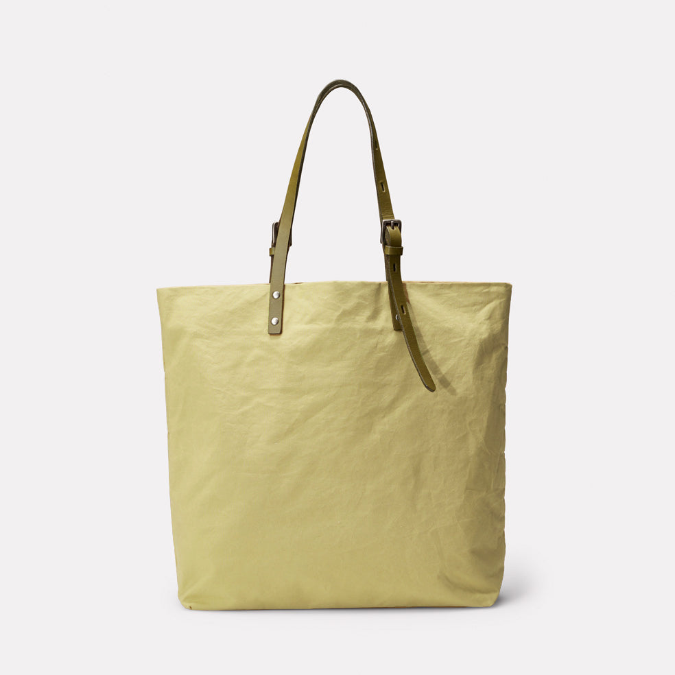 Natalie Waxed Cotton Tote in Gooseberry