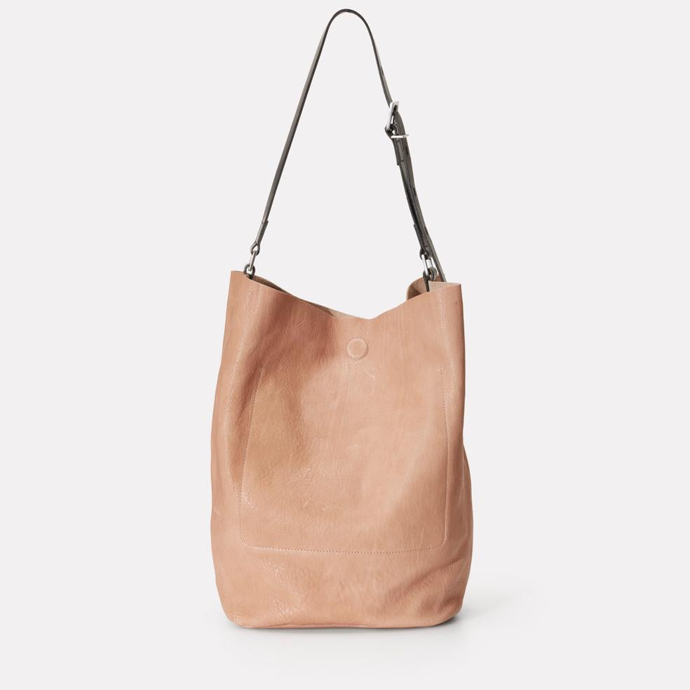 Roz Calvert Leather Bucket Bag in Clay