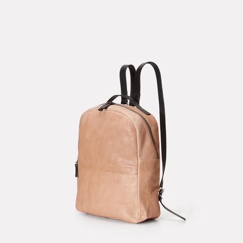 AC_SS18_WEB_WOMENS_CALVERT_LEATHER_RUCKSACK_BACKPACK_SANDY_CLAY_02