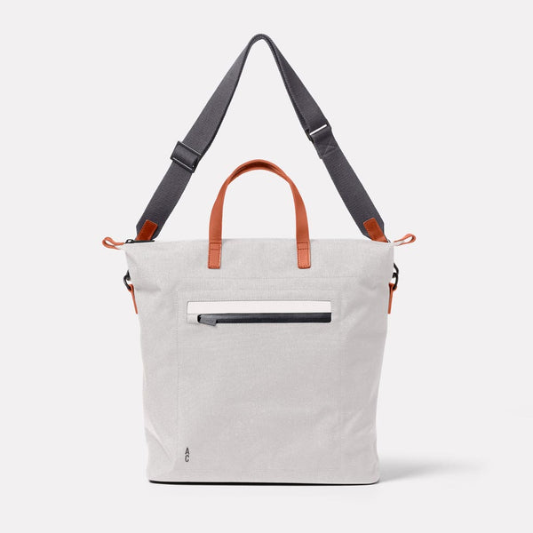 Campo Travel And Cycle Tote in Wolf Front