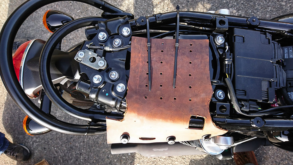 Fitting the custom loxx luggage system on the Triumph bonneville.