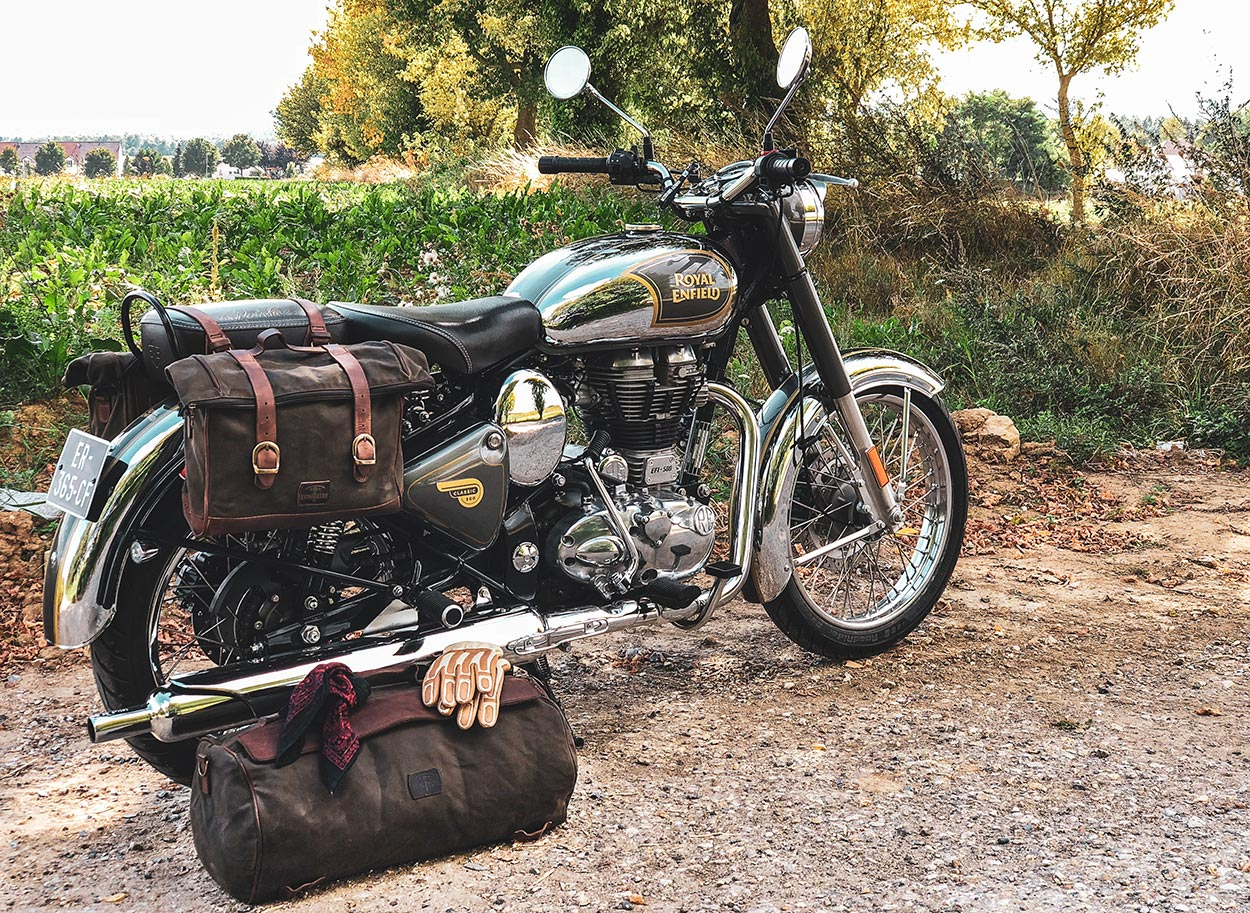 Royal Enfield Classic 500 soft luggage.