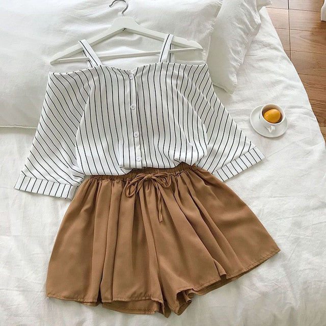 Two piece set Fresh striped off-the-shoulder loose blosue top + elastic waist shorts suit