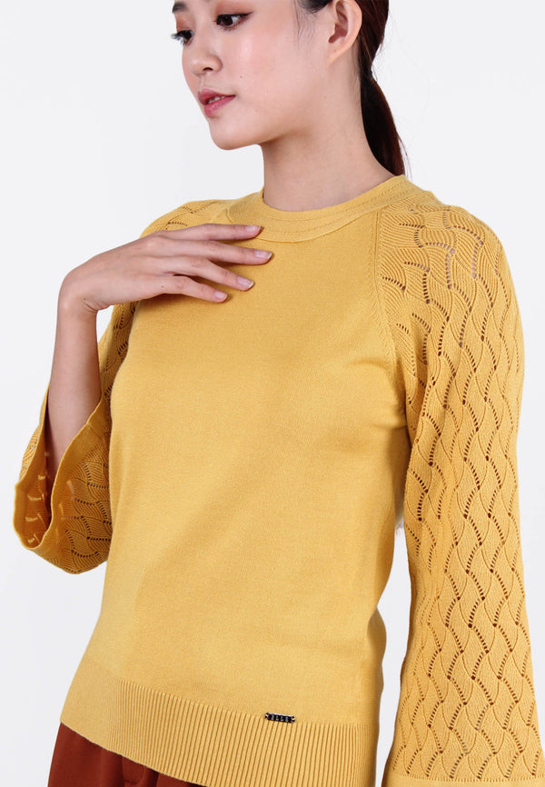 ELLE Pattern Bell Sleeve Knit Top