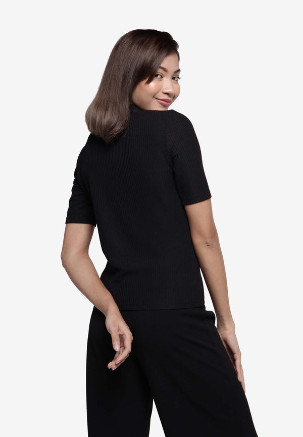 Ribbed Turtleneck Top - Black