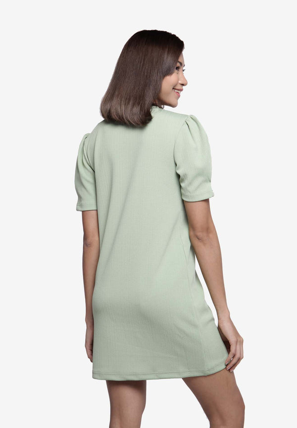 Puffed Dress in Green