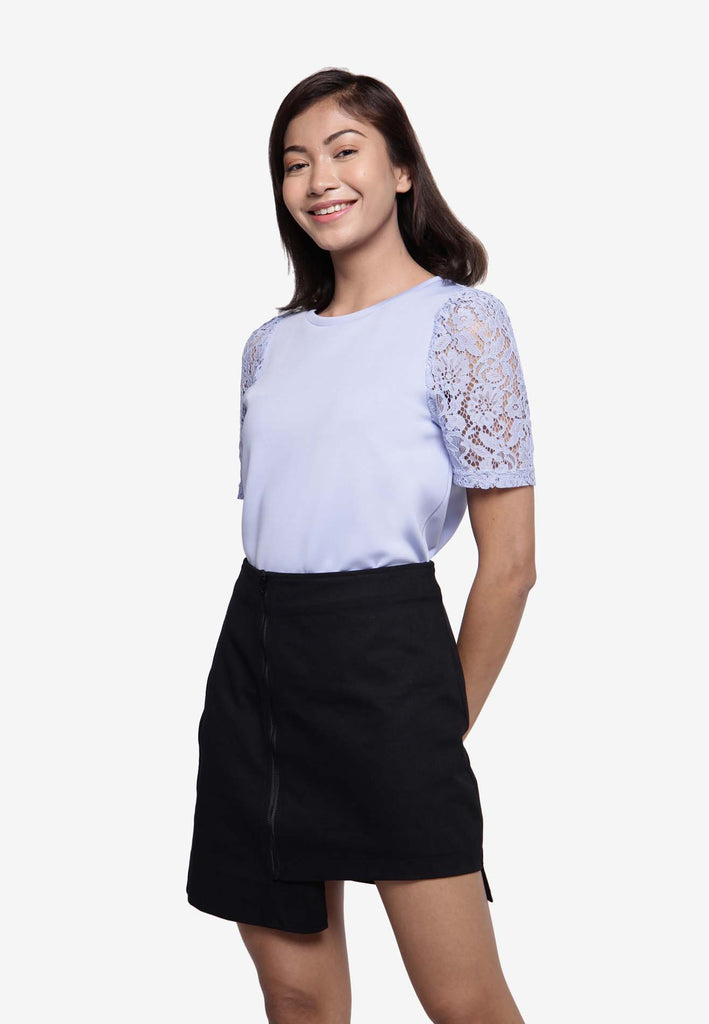 Lace Sleeve Top in Lilac