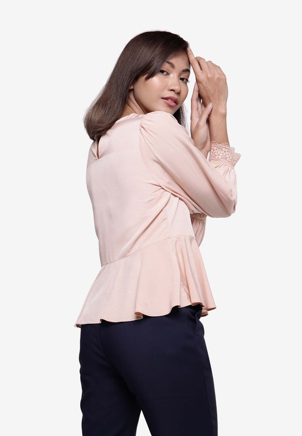 Long Sleeve Peplum Top in Peach