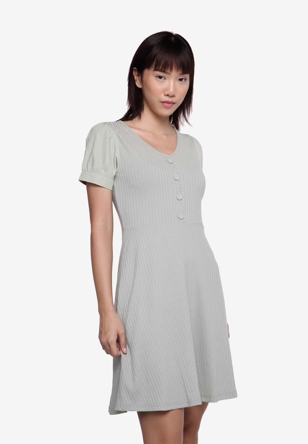Short Sleeve V neck Day Dress
