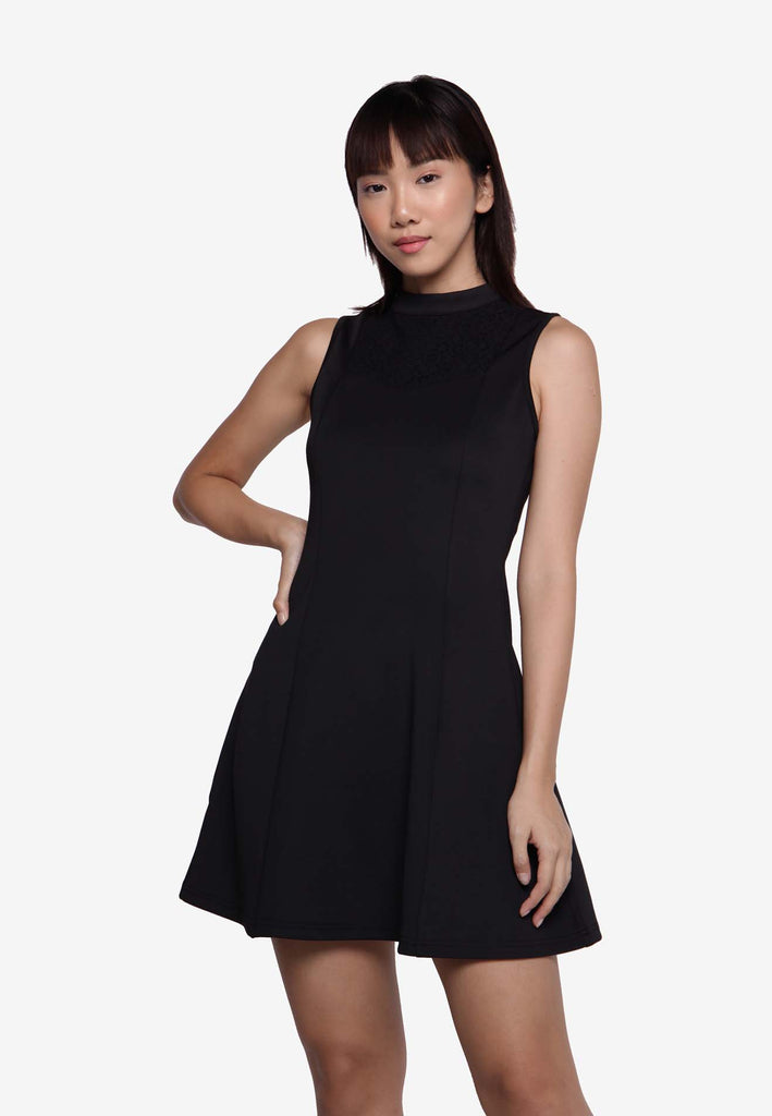 Sleeveless Skater Dress in Black