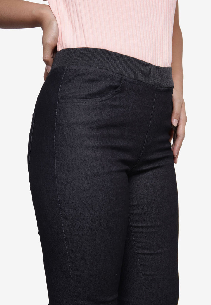 Casual Skinny Legging Pant - Black