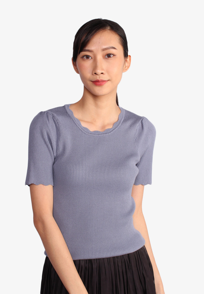 Scallop Round Neck Knit Top