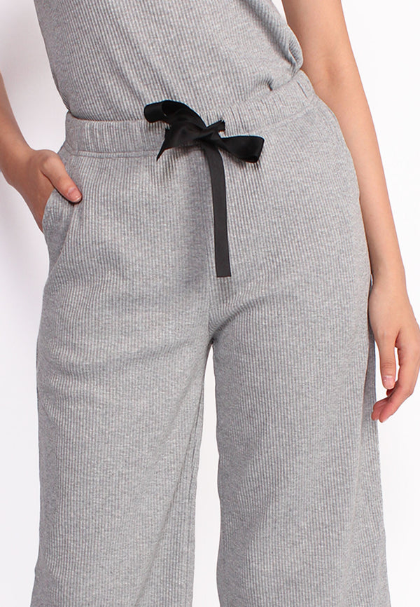SODA Women Capri Pants