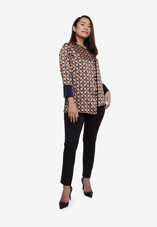 SOUTH CHINA SEA Irregular Front Bottom Buttons Down Blouse